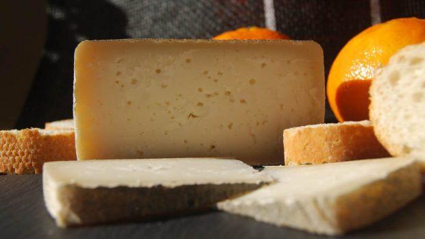 Paté de queso curado y romero
