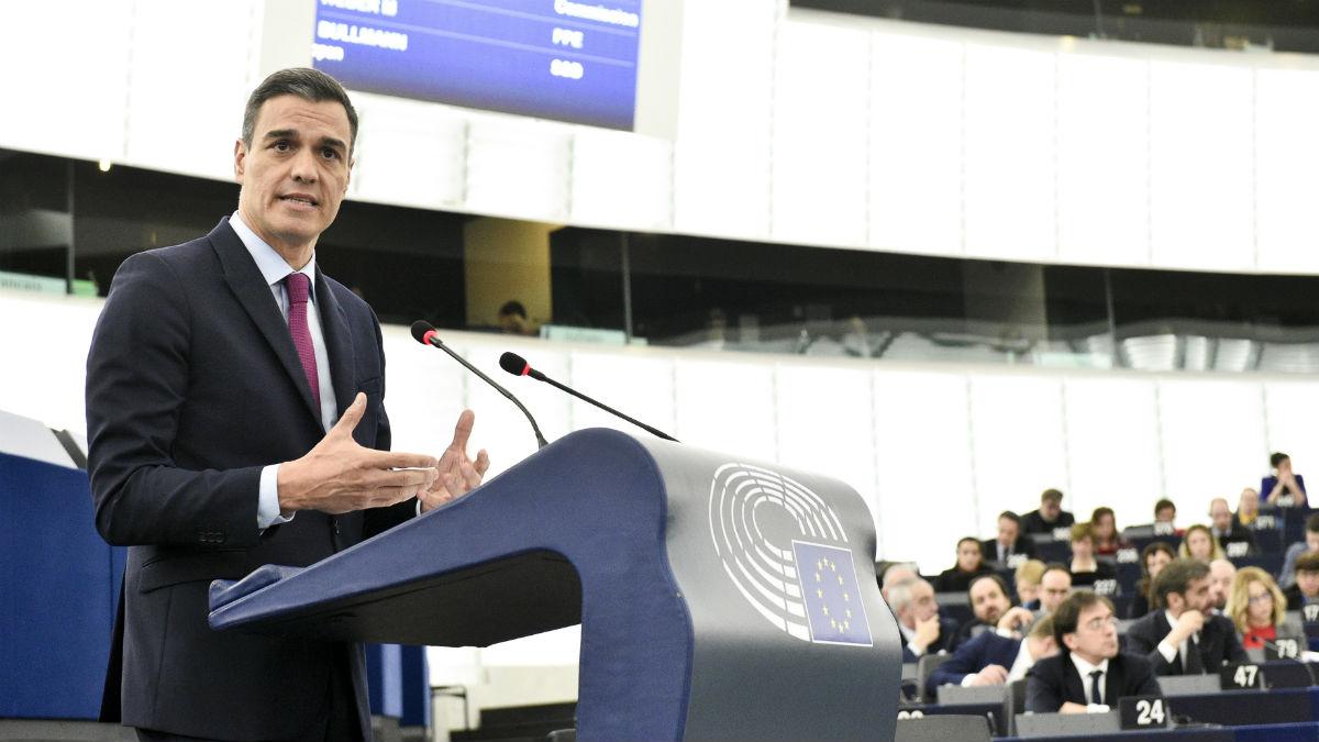 El presidente del Gobierno, Pedro Sánchez, en una intervención en el Parlamento europeo. (Foto: EP)
