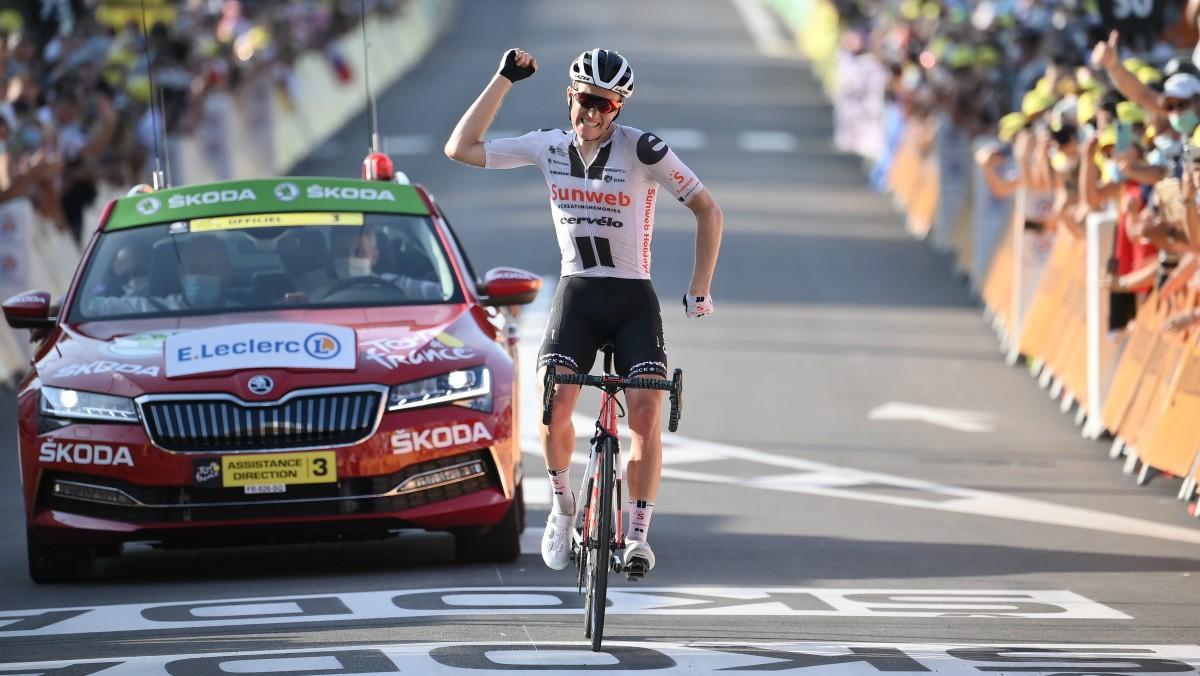 Kragh Andersen celebra su victoria en el Tour. (AFP)