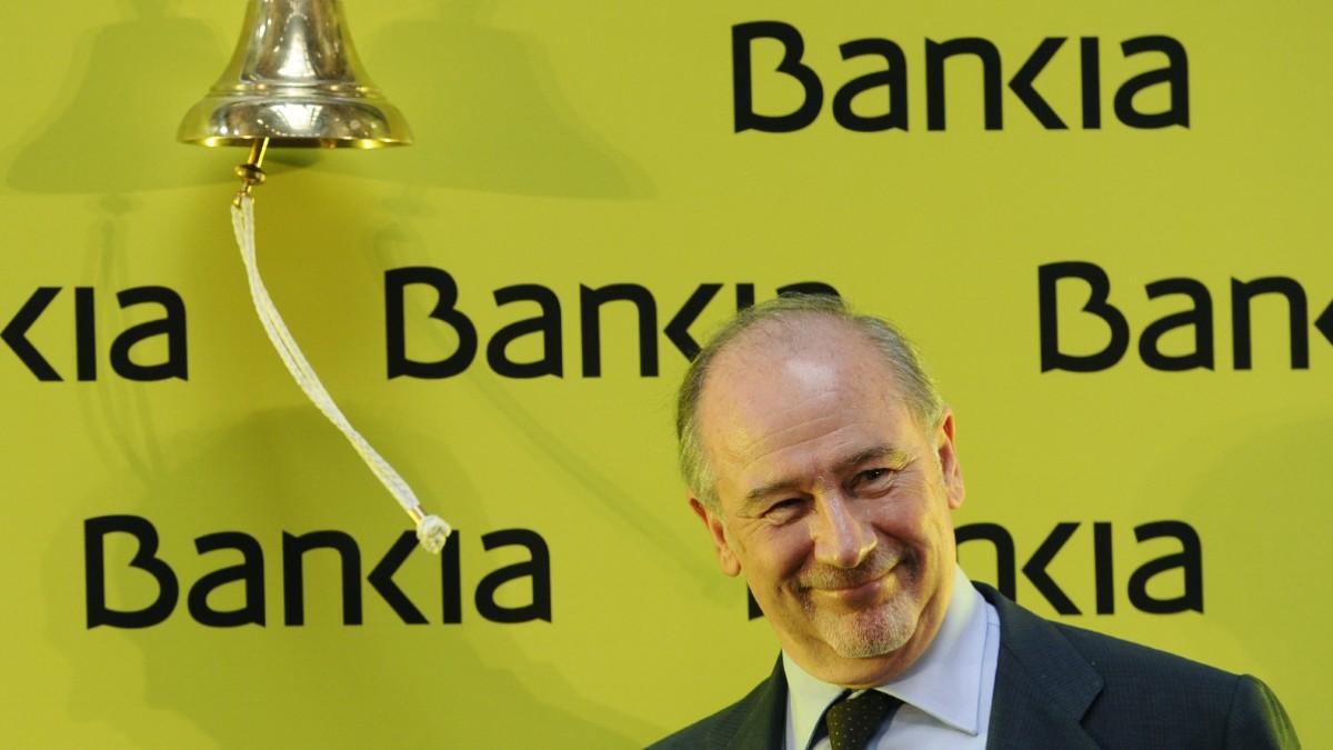 Rato tocando la campana en la Bolsa de Madrid