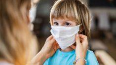 Conoce los errores que cometen los niños al usar las mascarillas en las escuelas y cómo evitarlos