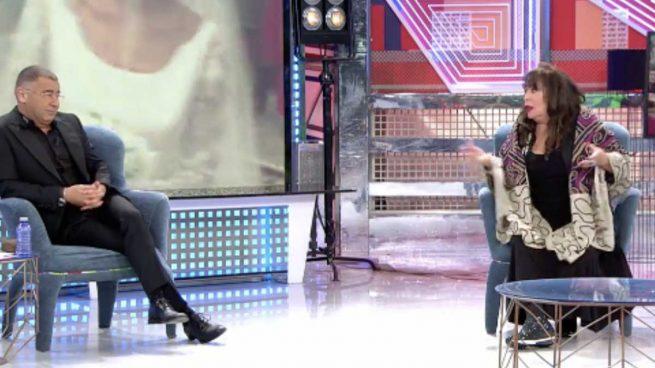 Massiel junto a Jorge Javier Vázquez durante un momento de su entrevista en Sálvame Deluxe.