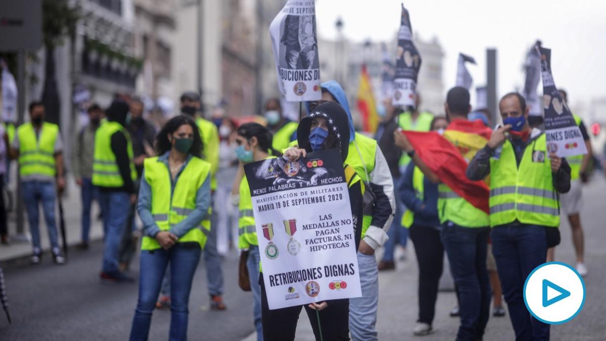Protesta de militares con la presencia de Vox. (Foto: Europa Press)