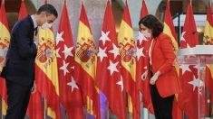 Isabel Díaz Ayuso y Pedro Sánchez tras reunirse por el Covid. Foto: Europa Press