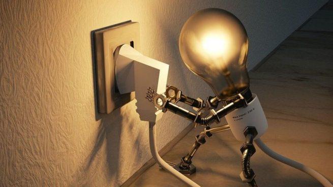 El recibo de la luz se encarece en 11,6 euros en enero ante la subida del 18,4% por el impacto de Filomena