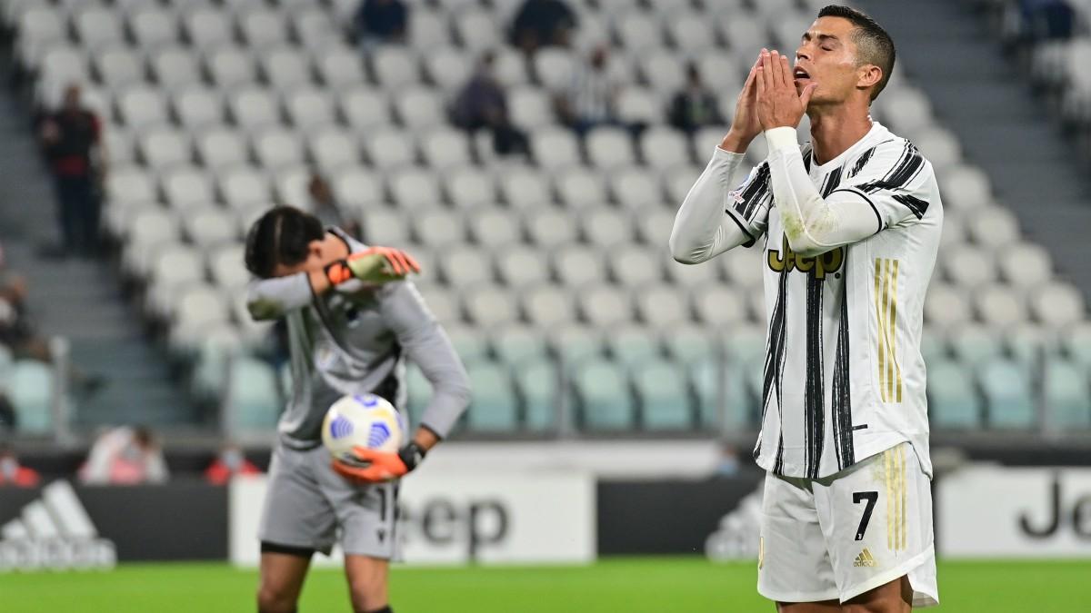 Cristiano Ronaldo se lamenta en un partido de la Juventus. (AFP)