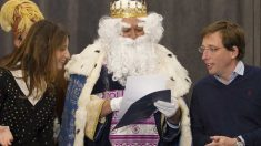 Almeida recibe a los Reyes Magos en el Ayuntamiento. Foto: EP