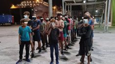 Aumenta la presión migratoria en Andalucía: cuarenta magrebíes tratan de llegar a Málaga escondidos en un ferry de pasajeros.