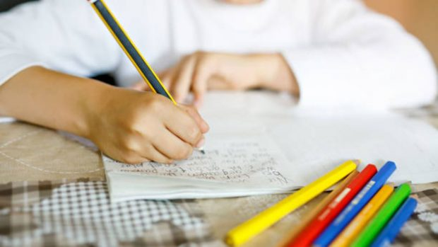 10 consejos para que los niños hagan los deberes por su cuenta