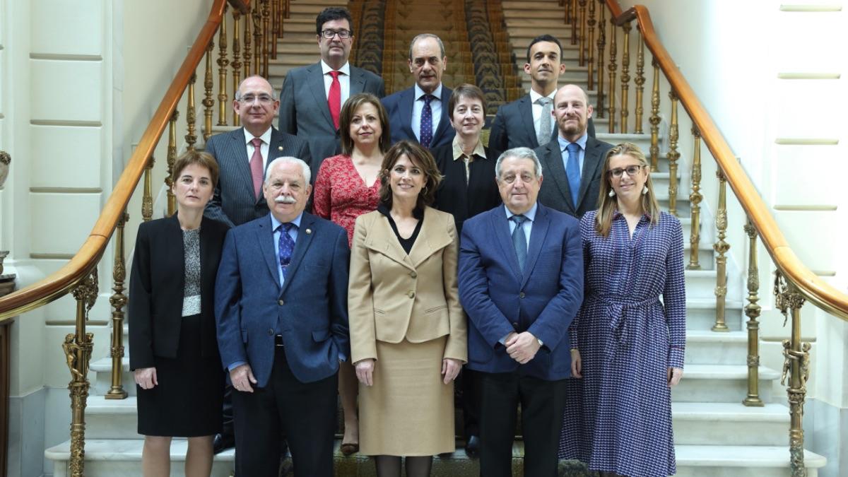 Foto de familia del Consejo Fiscal presidido por Dolores Delgado. (Foto: Fiscalía)