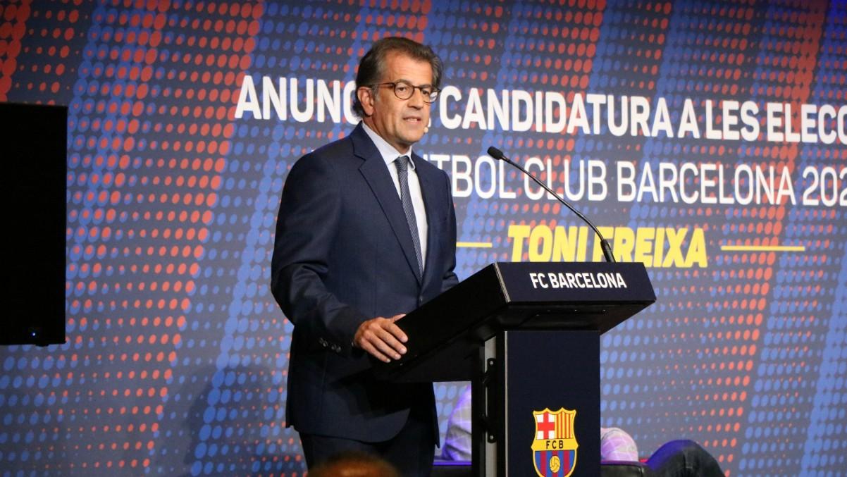 Toni Freixa, presentando su candidatura a la presidencia del Barcelona.