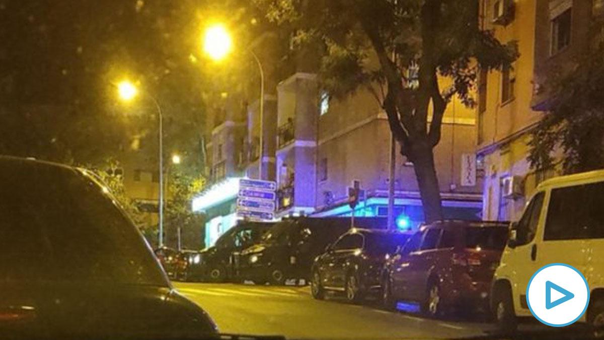 La ultraizquierda vuelve a actuar- atacan con piedras una unidad de Policía Municipal en Vallecas