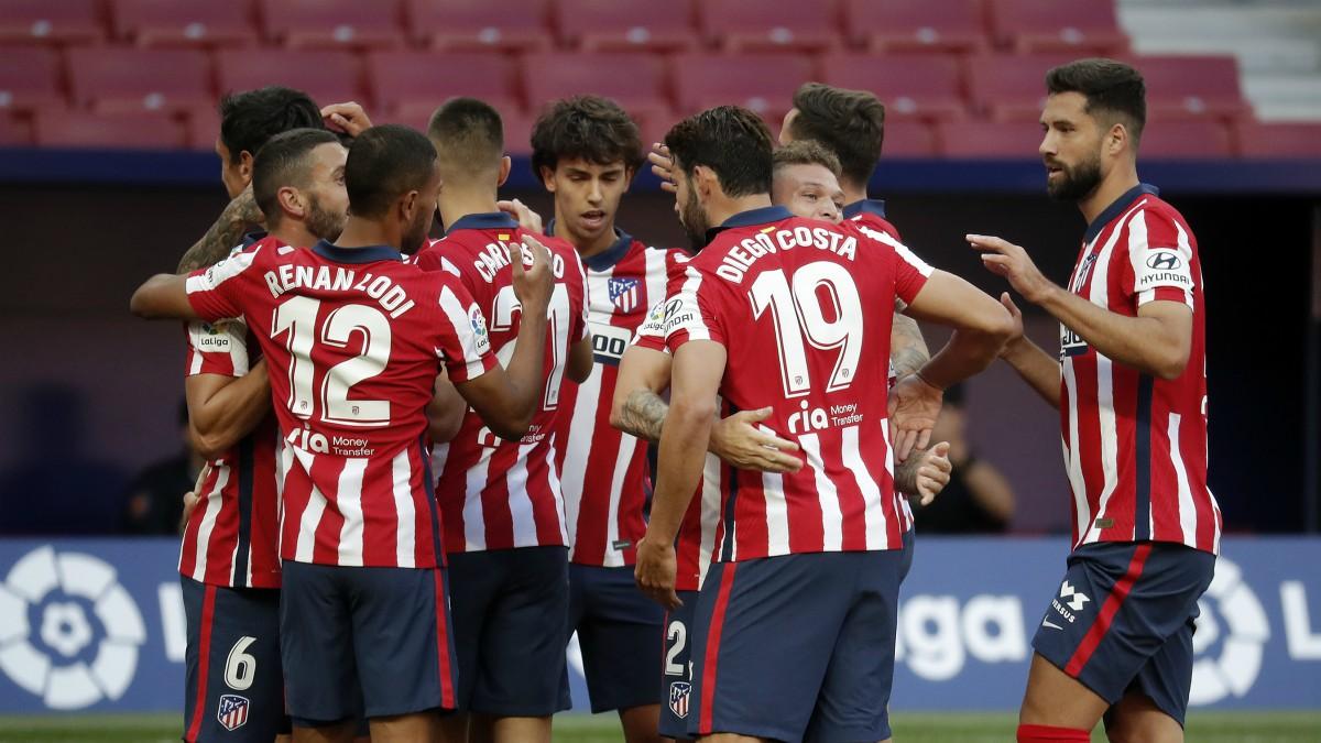Los jugadores del Atlético de Madrid celebran un gol contra el Granada. (Getty)