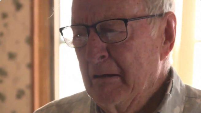 Twitter: La crisis obliga a un hombre de 89 años a trabajar repartiendo pizzas para sobrevivir