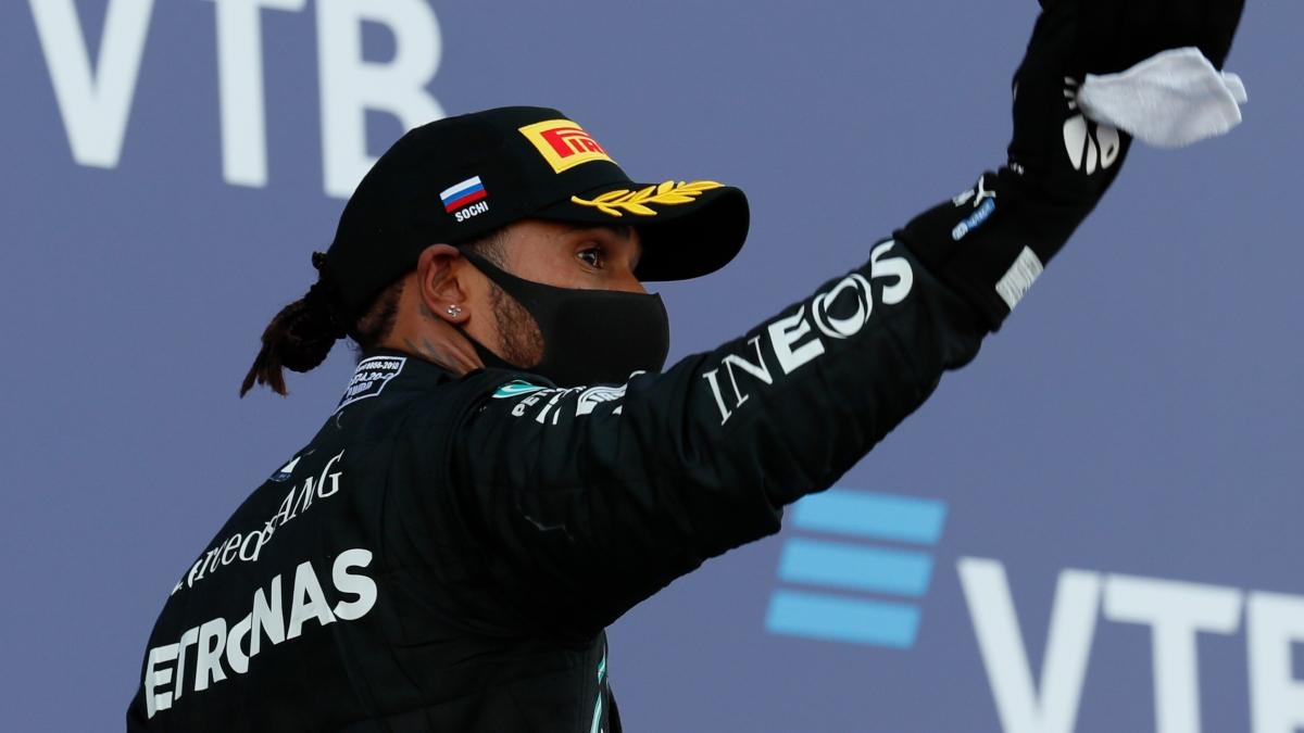 Lewis Hamilton durante el Gran Premio de Rusia. (AFP)