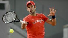 Novak Djokovic, en un entrenamiento en Roland Garros. (Getty)
