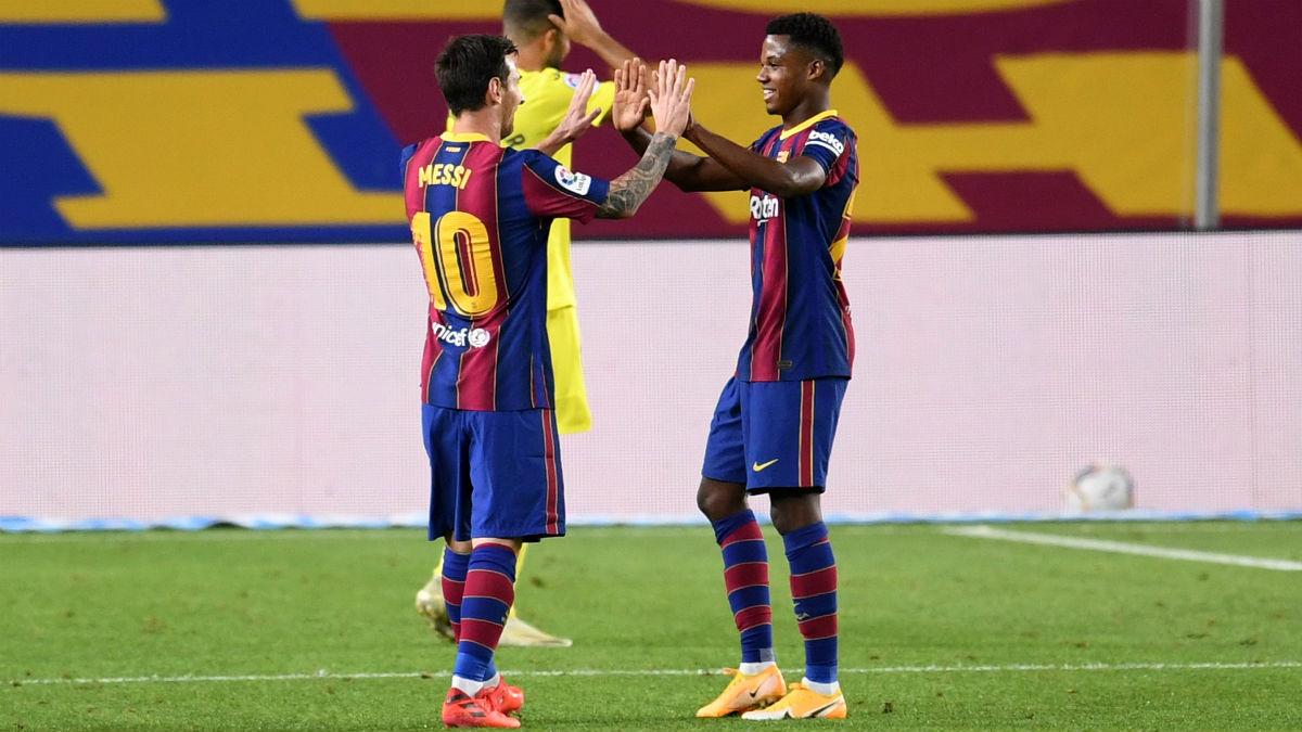 Ansu Fati y Leo Messi. (Getty)