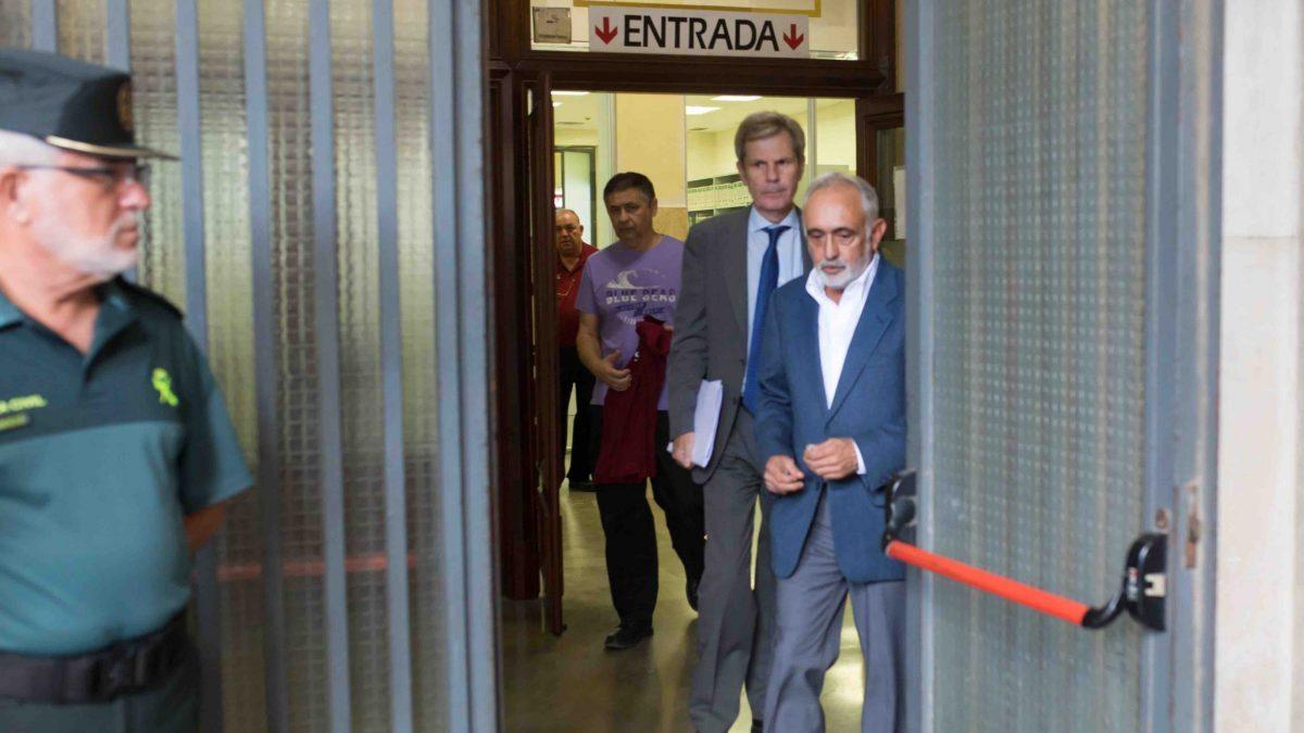 En Sevilla, la juez de Instrucción número 6 de Sevilla, María Núñez Bolaños, cita a declarar como investigado al exdirector de la extinta Fundación Andaluza Fondo de Formación y Empleo (Faffe), Fernando Villén. En la Audiencia Provincial.
