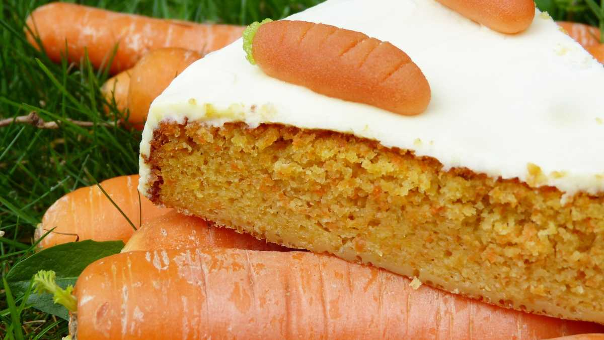Receta de Pastel de zanahoria vegano, sin huevos ni lácteos