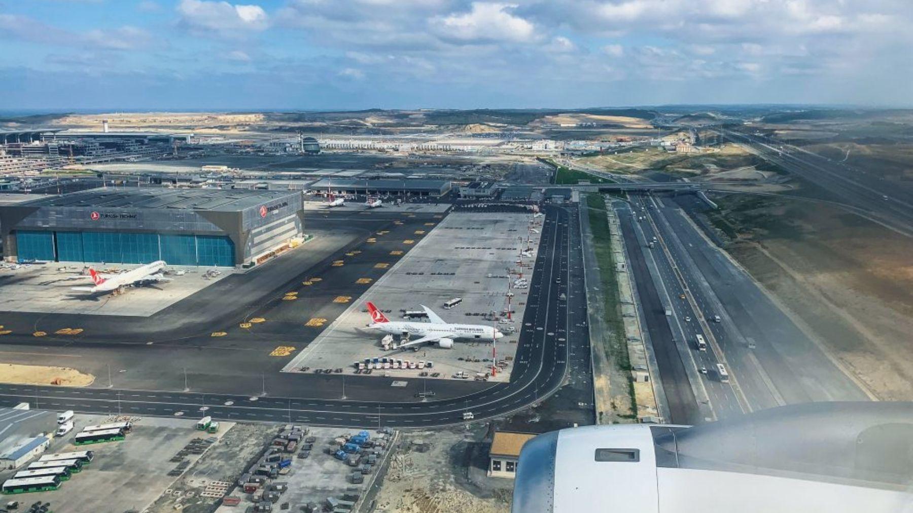 Descubre dónde está y cómo es el aeropuerto más grande del mundo