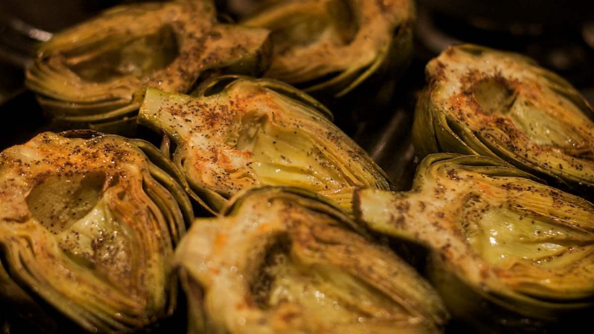 Boniatos y alcachofas al horno