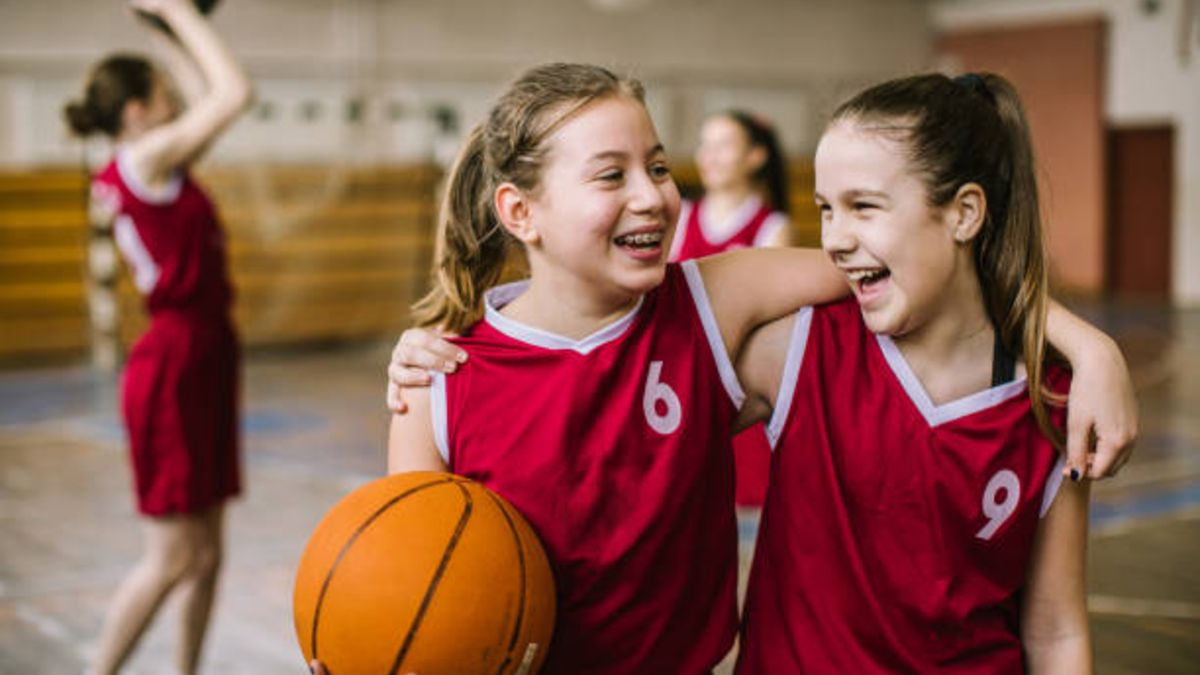 El estudio que revela que el deporte puede beneficiar más a niñas que niños