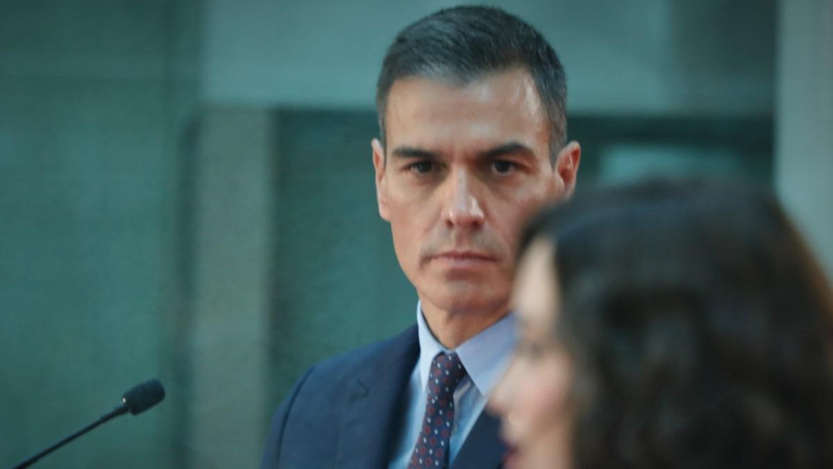 Pedro Sánchez junto a Isabel Díaz Ayuso, en una imagen de archivo. (Foto: EP)