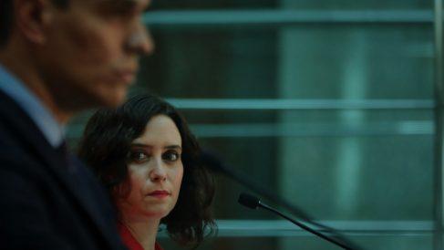 Pedro Sánchez junto a Isabel Díaz Ayuso. (Foto: EUROPA PRESS – J. Hellín. POOL)