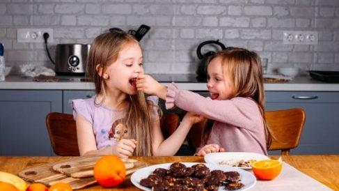 Comer sin hambre puede ser algo genético que heredarían los niños