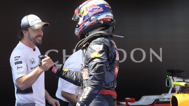 Fernando Alonso y Verstappen