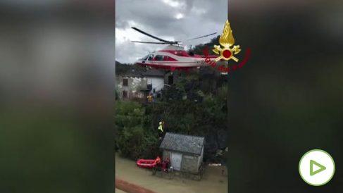 Rescatan en Italia a varias personas