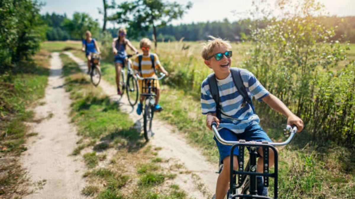 Descubre las cosas que los niños deben hacer contra el déficit de naturaleza