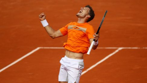 Carreño celebra una victoria en Roland Garros. (Getty)