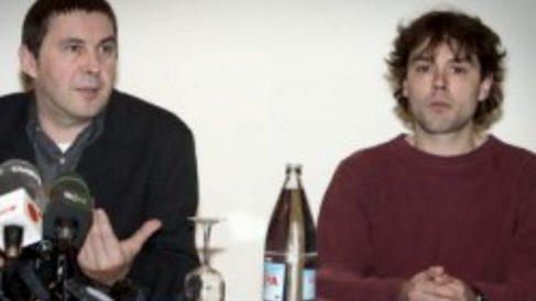 Arnaldo Otegi y Unai Fano.