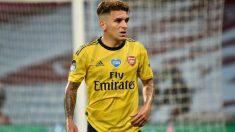 Lucas Torreira durante un partido con el Arsenal. (Getty)