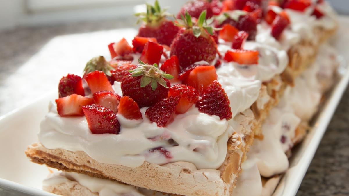 Milhojas de nata y fresas sin gluten