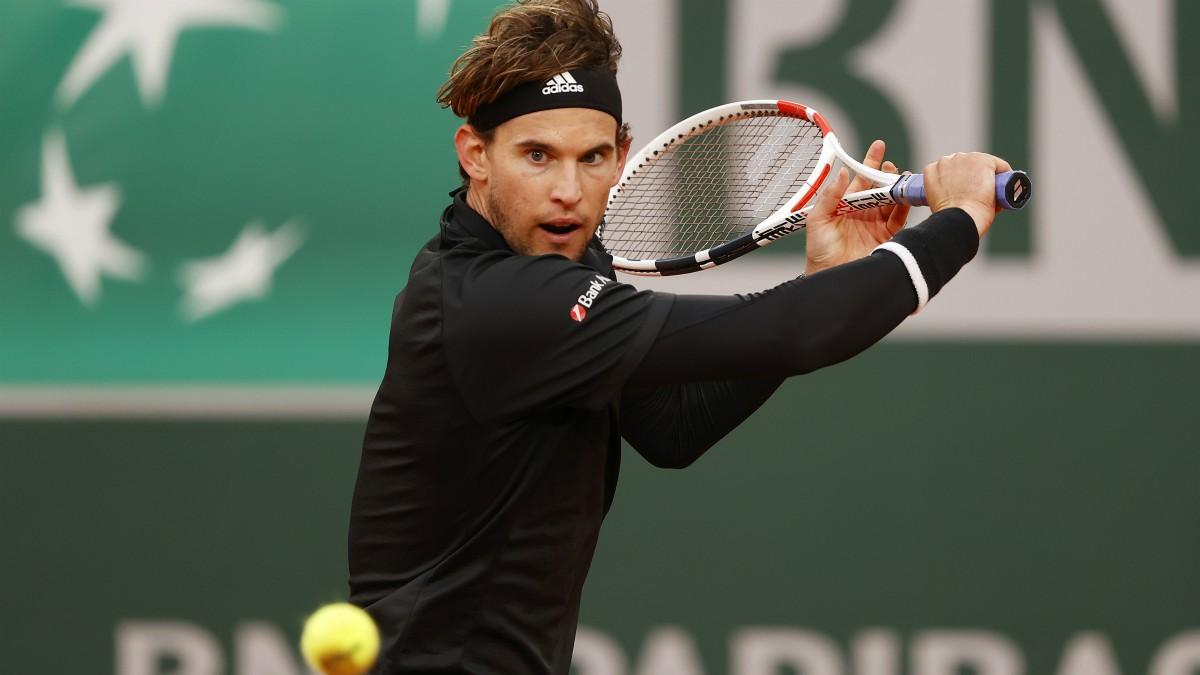 Dominic Thiem durante un partido en Roland Garros. (Getty)
