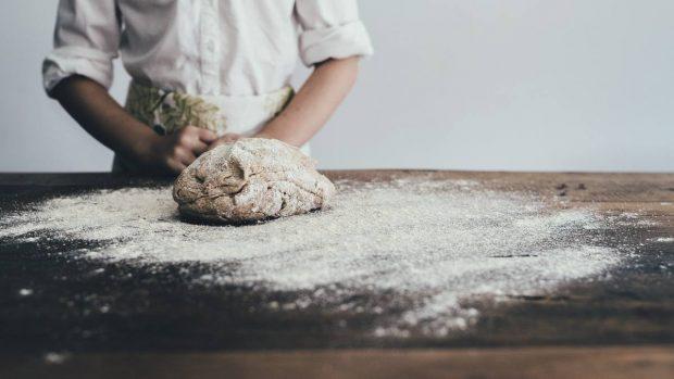 CGyozas veganas con salsa de cacahuete, receta saludable y fácil de preparar