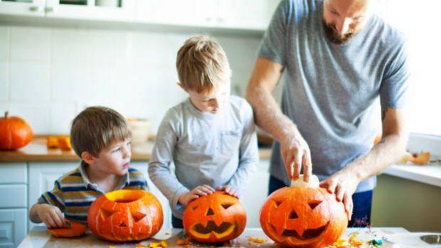 Cómo celebrar Halloween con los niños en casa