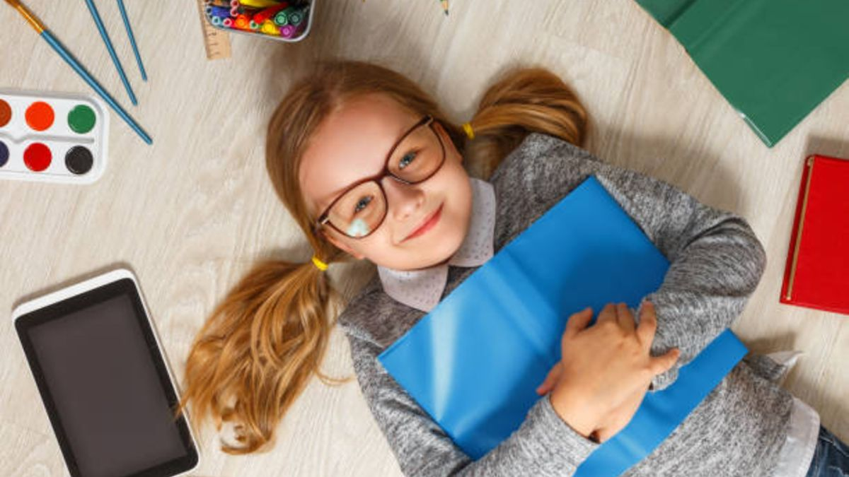 Consejos para poder organizar el material escolar en casa