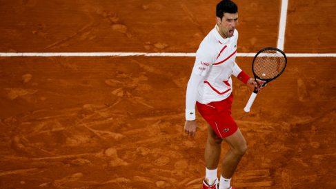 Djokovic ya está en semifinales de Roland Garros. (AFP)