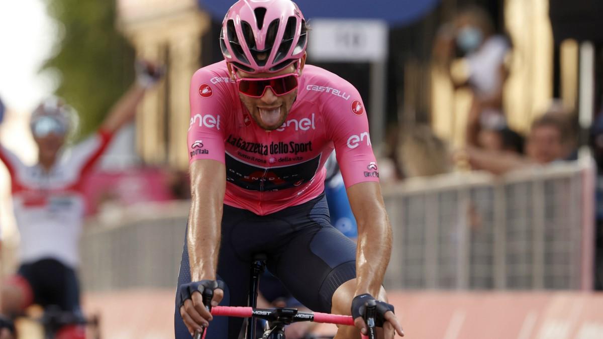 Ganna se llevó la etapa en el Giro de Italia. (AFP)