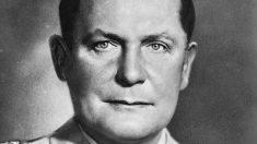 El el 15 de octubre de1946, Herman Goering se suicida