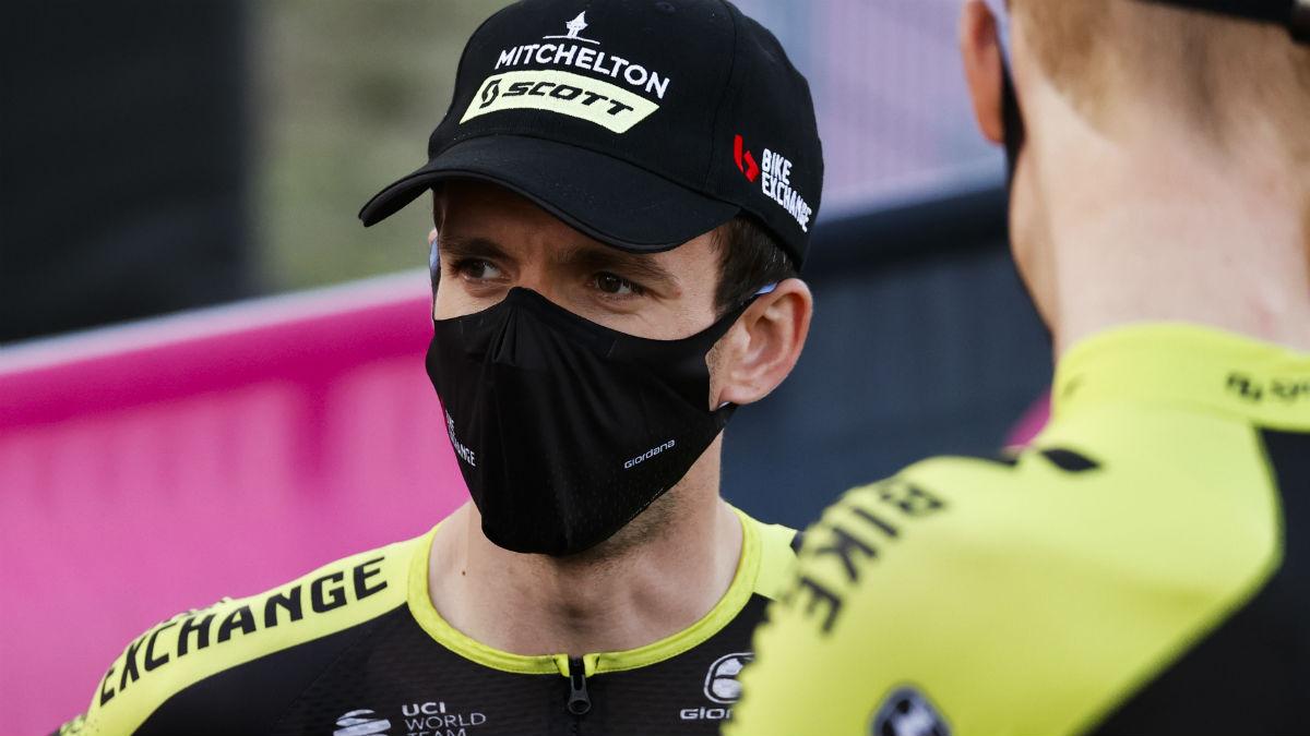 Simon Yates, antes de retirarse del Giro tras su positivo por Covid-19. (AFP)