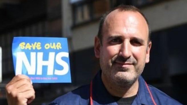El enfermero español voluntario de la vacuna de Oxford da positivo en coronavirus