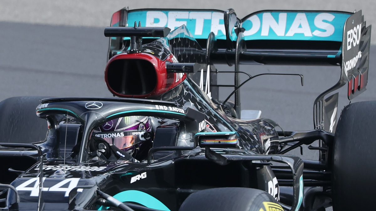 Lewis Hamilton gana en Nürburgring . (AFP)