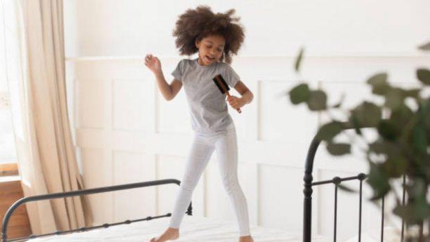 """Niños solos en casa: ¿a qué edad se les puede dejar"""""""