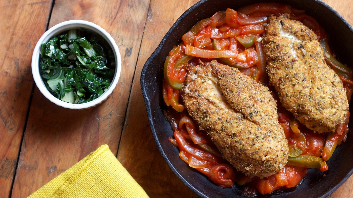 Pollo empanado con sanfaina