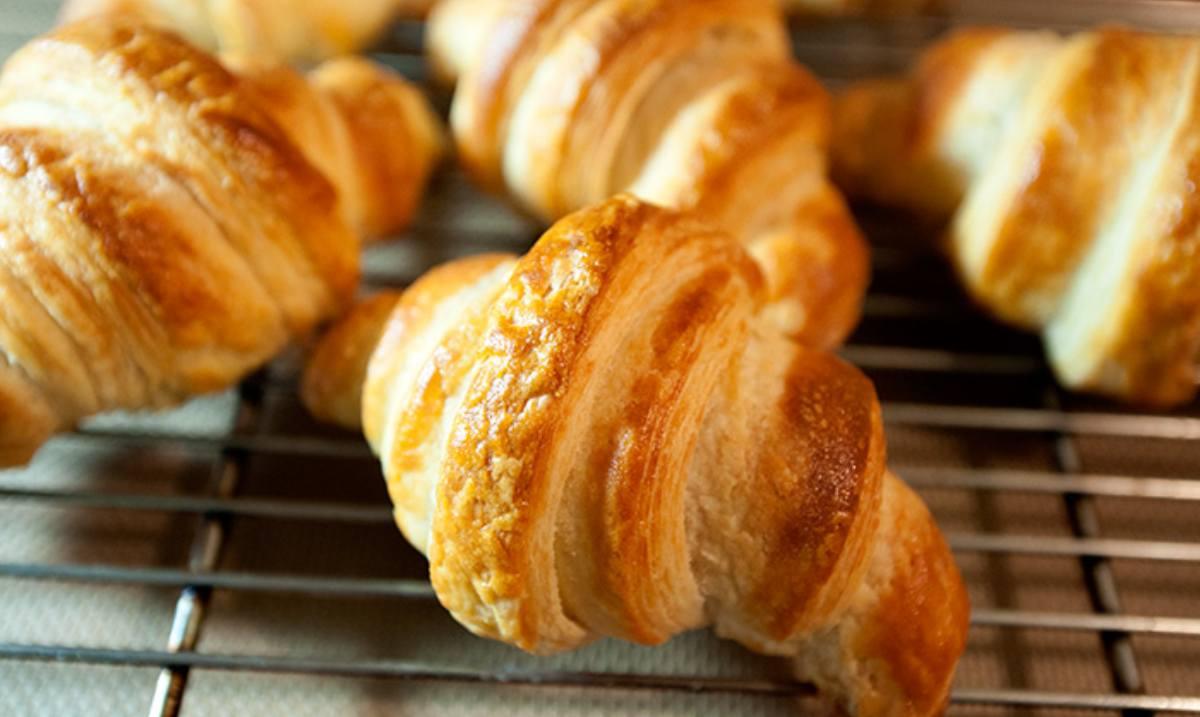 Receta de croissant francés elaborado en tu propia cocina