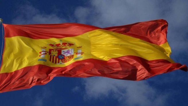 agredido Gijón bandera de España